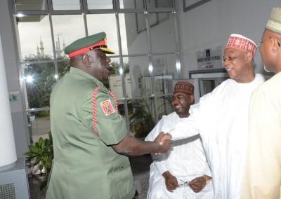 Maj Gen MA Koleoso greeting Gen Gusau